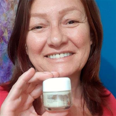 creme-hidratante-facial-organico-rosto-vegano-natural-monica